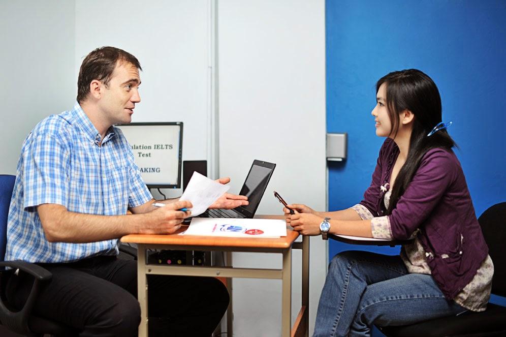Giáo viên nước ngoài - Giáo viên dạy Toán Lý Hóa bằng tiếng Anh
