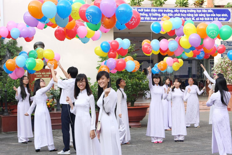Ngôn ngữ bắt buộc thứ 2 ở Việt Nam - THPT