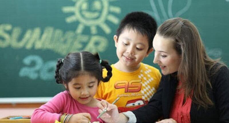 Gia sư dạy kèm học sinh trường quốc tế