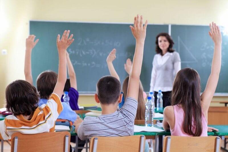 giáo viên dạy chương trình bằng tiếng Anh ở đâu