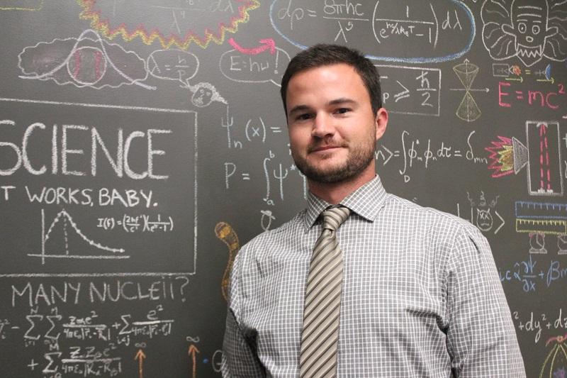 Học làm giáo viên dạy Vật lý bằng tiếng Anh
