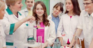 Học cách dạy Khoa học bằng tiếng Anh