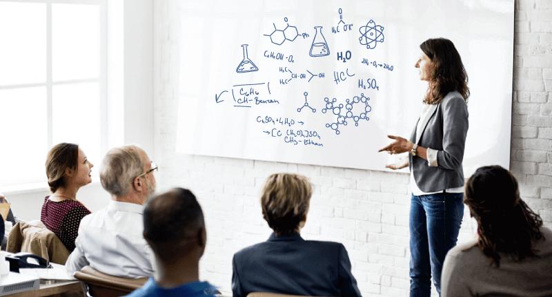 đào tạo giáo viên dạy Hóa học bằng tiếng Anh